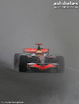 HAMILTON DEFIES TORRENTIAL WEATHER TO REIGN IN VICTORY !!
