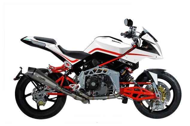 2013-Bimota-Tesi-3D-Naked-two-seater-06