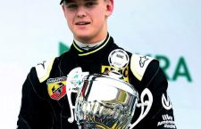 Mick Schumacher wins his debut race at the Italian F4