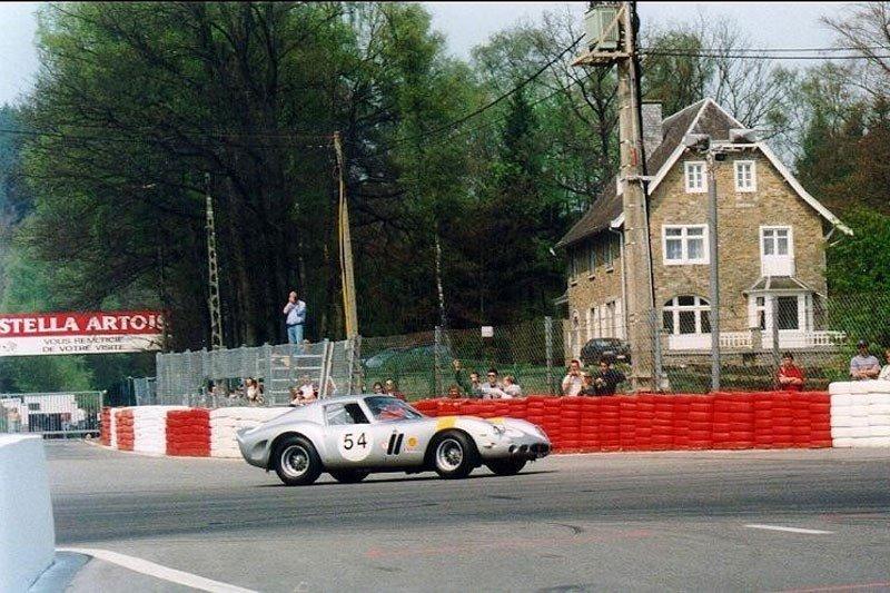 Ferrari-250-GTO-sells-for-92-million-vintage-side