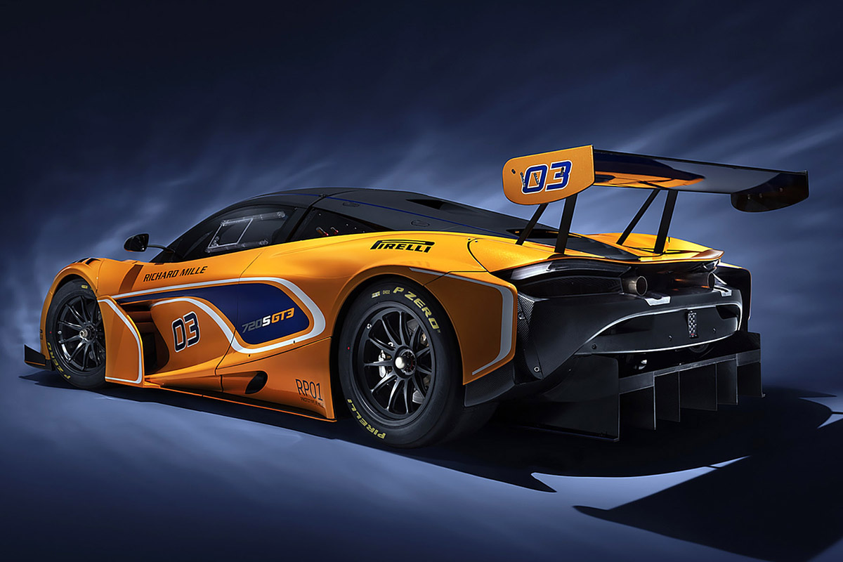 2019_McLaren_720S_GT3_34_rear_med2